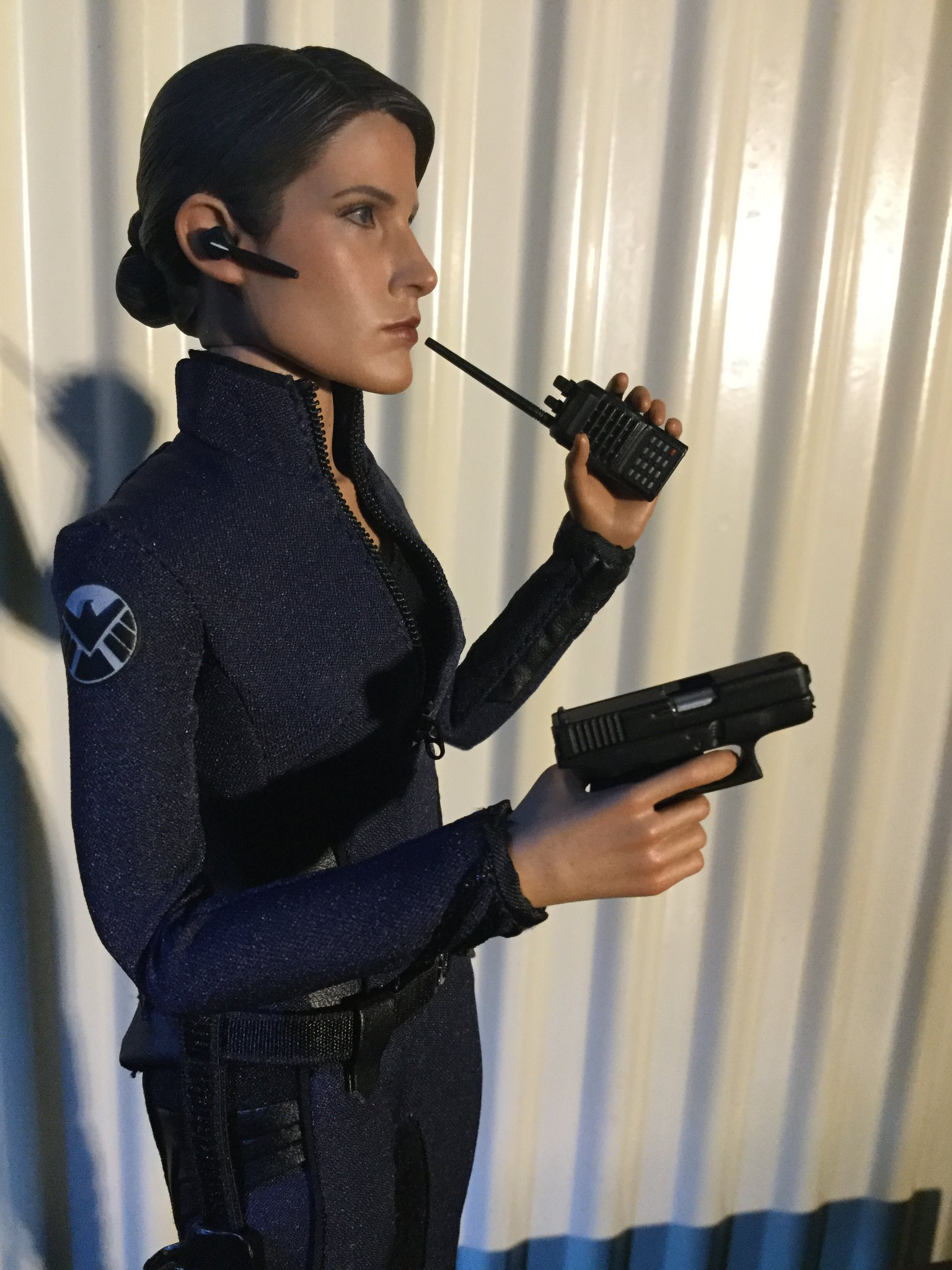 [REVIEW] MMS 305 - Avengers Age of Ultron : Maria Hill (Hot Toys - 2015 Toy Fair Exclusive) 22727486826_524ff3361b_k