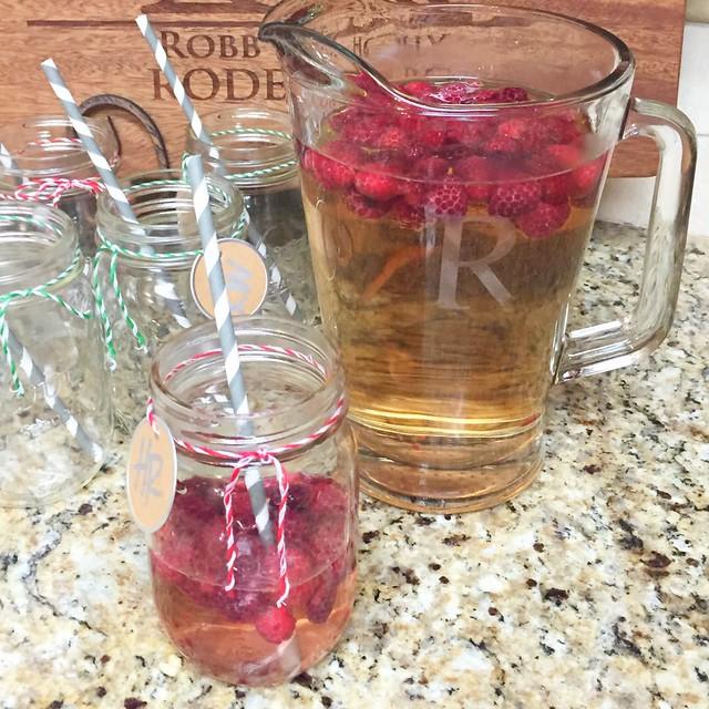 Raspberry Moscato Spritzer