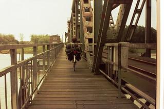 Friesenbrücke en ligfiets