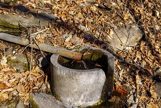 避難小屋近くの水場