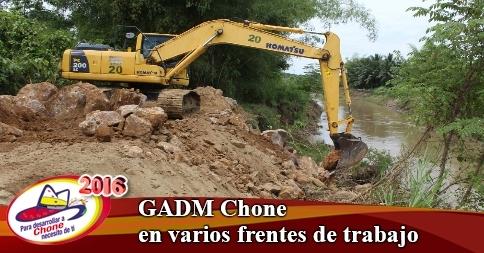 GADM Chone en varios frentes de trabajo