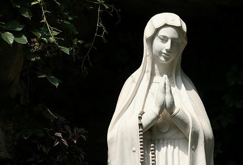 南堂的圣母玛利亚雕像