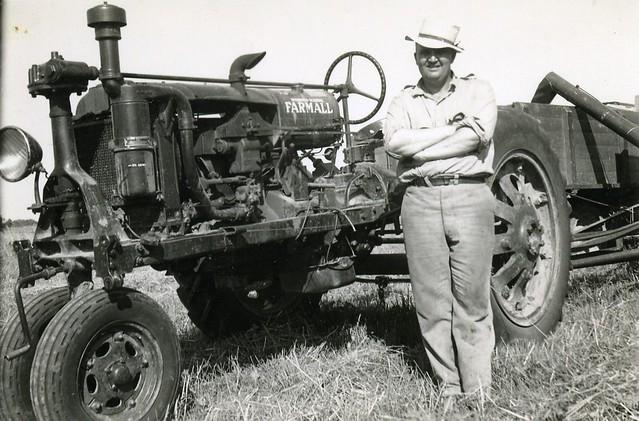 Farmall F 30 : Farmall f duckbill tractor s flickr photo sharing