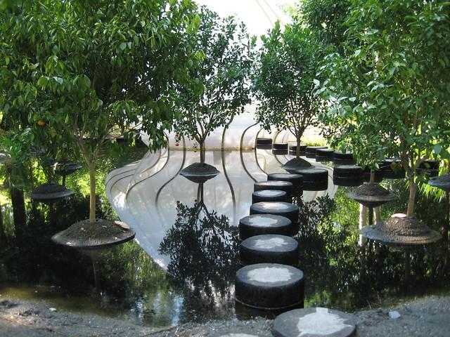 Le jardin des hesp rides walkway flickr photo sharing - Le jardin des hesperides ...