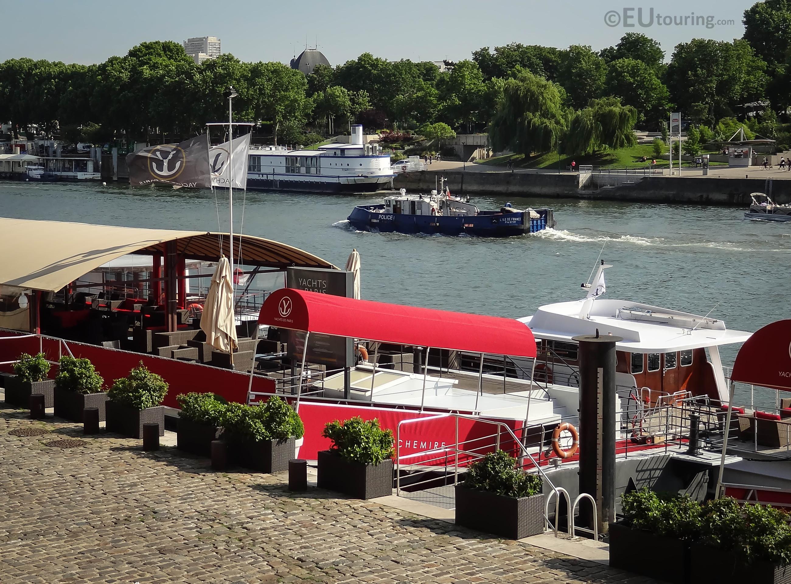 Yachts de Paris dock