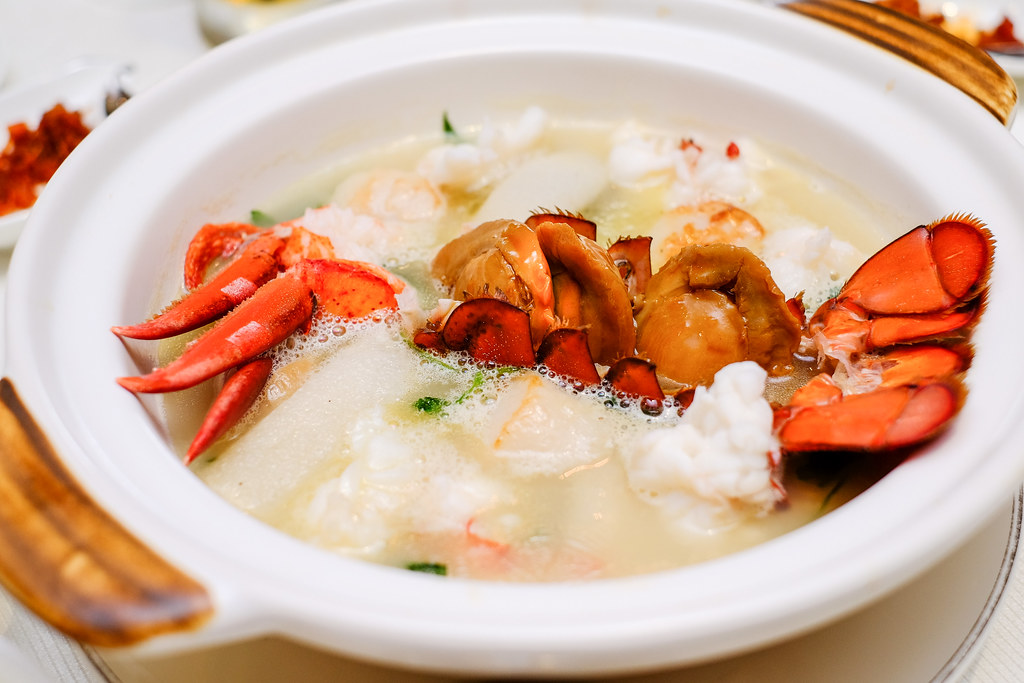 Boston Lobster Menu: Poached Boston Lobster with Abalone, Duo of Scallops, Japanese Mushroom, Pork, Bamboo Pith and Assorted Vegetables in a Thick Chicken Broth