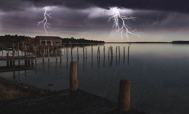 Amazing photoshop weather effects !