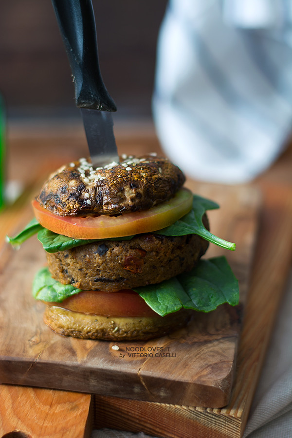 Veggie burger ricetta vegan