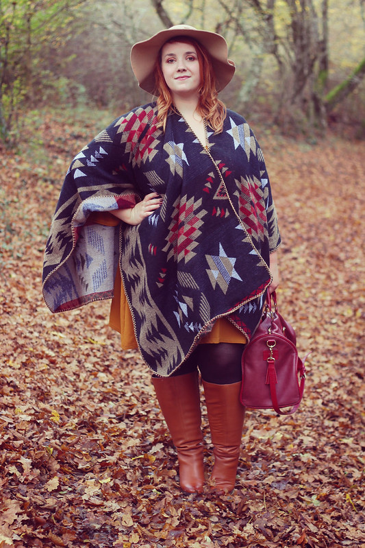 French Curves cape ou poncho16