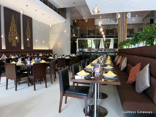 mango-tree-restaurant-bgc.jpg