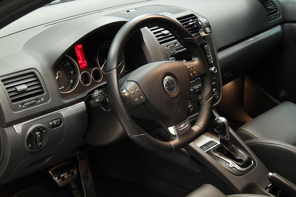 BigFoot Centre - VW Golf R32 Nanotech Detail 22466925034_6c96046ca1_b