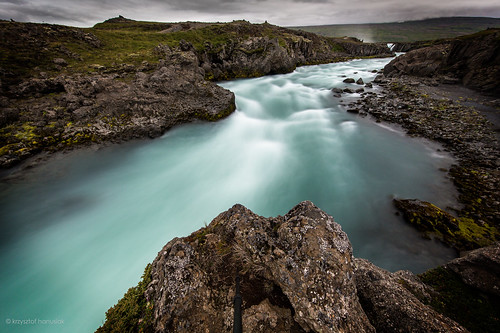 longexposure sky tourism water rock river landscape is waterfall iceland rocks stream tour slow dramatic falls rapids waterfalls shutter northeast 11mm touristic 1124 godafoss turist goðafoss waterfallofthegods hanusiak
