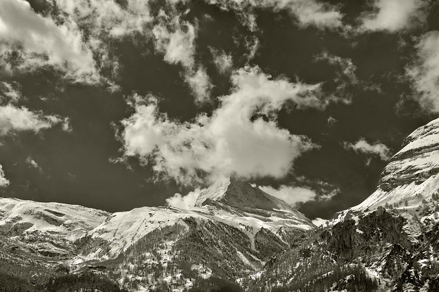The Matterhorn at winter time. No. 4108.