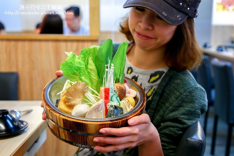 二丁靚鍋,不想吃菜盤的也可換成精選肉盤,就是肉多多吃到撐