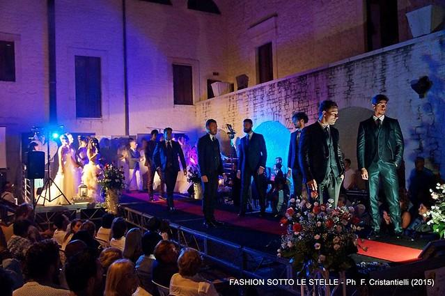 Grande successo per la seconda edizione di Fashion sotto le stellesposi in passerella
