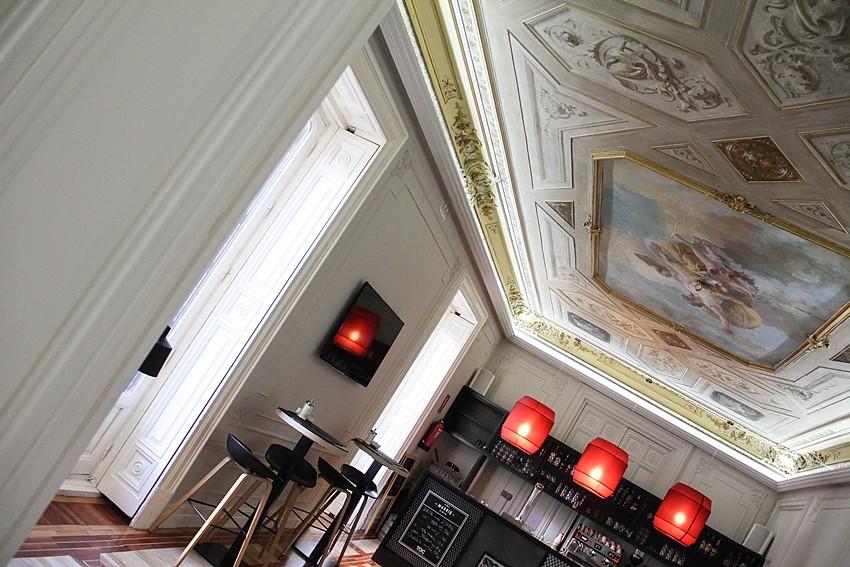 hostal buena relacion calidad precio en madrid habitaciones privadas y compartidas centro madrid