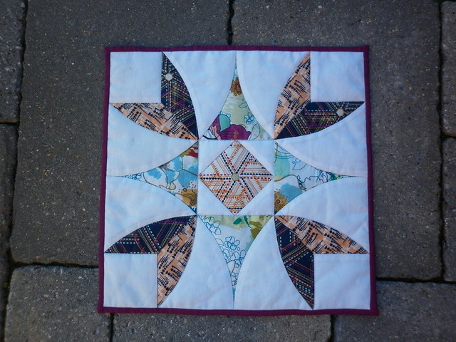 Pointy Points mini quilt - finished