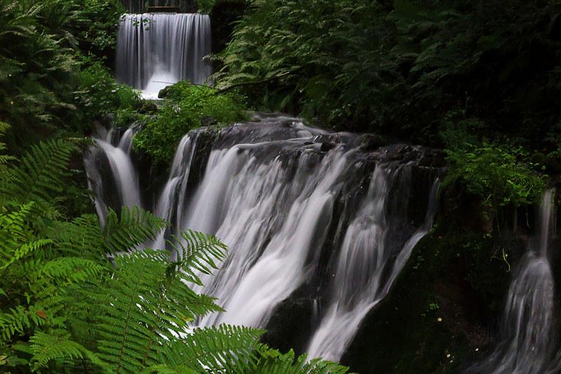 140812_054447_G1X_軽井沢_白糸の滝