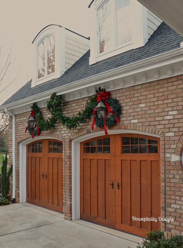 Christmas 2015 Garage Doors - Housepitality Designs