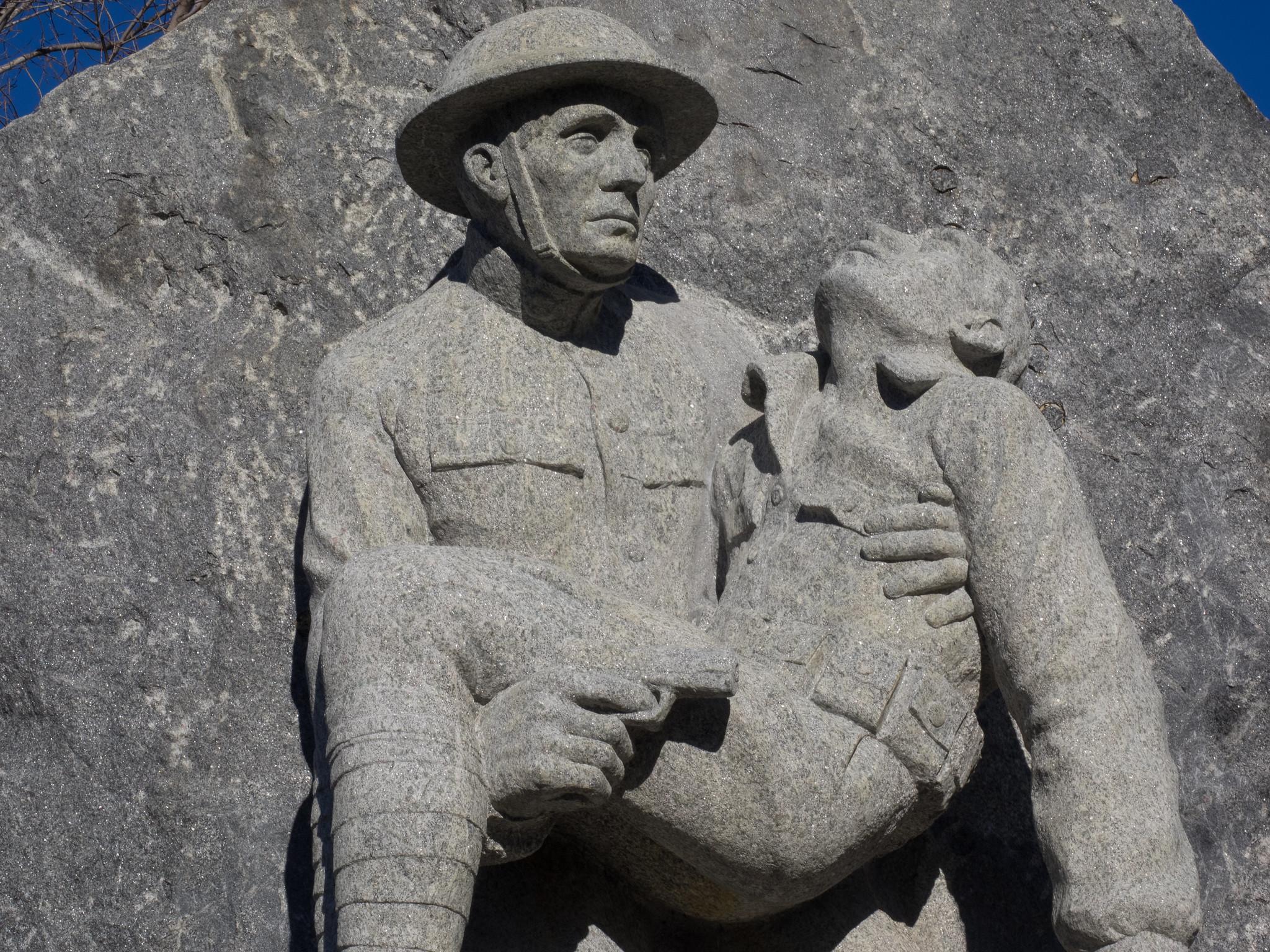 Buddies Sculpture