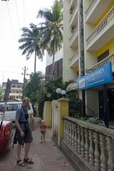 Przed Vasco residency, z trudem znalezionym hotelem niedaleko lotniska