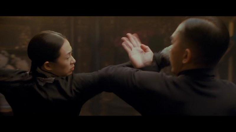 チャン・ツーイー : イップ・マンとゴン・ルオメイとの対戦場面。
