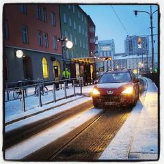Snö idag igen, men nu känns det bättre.
