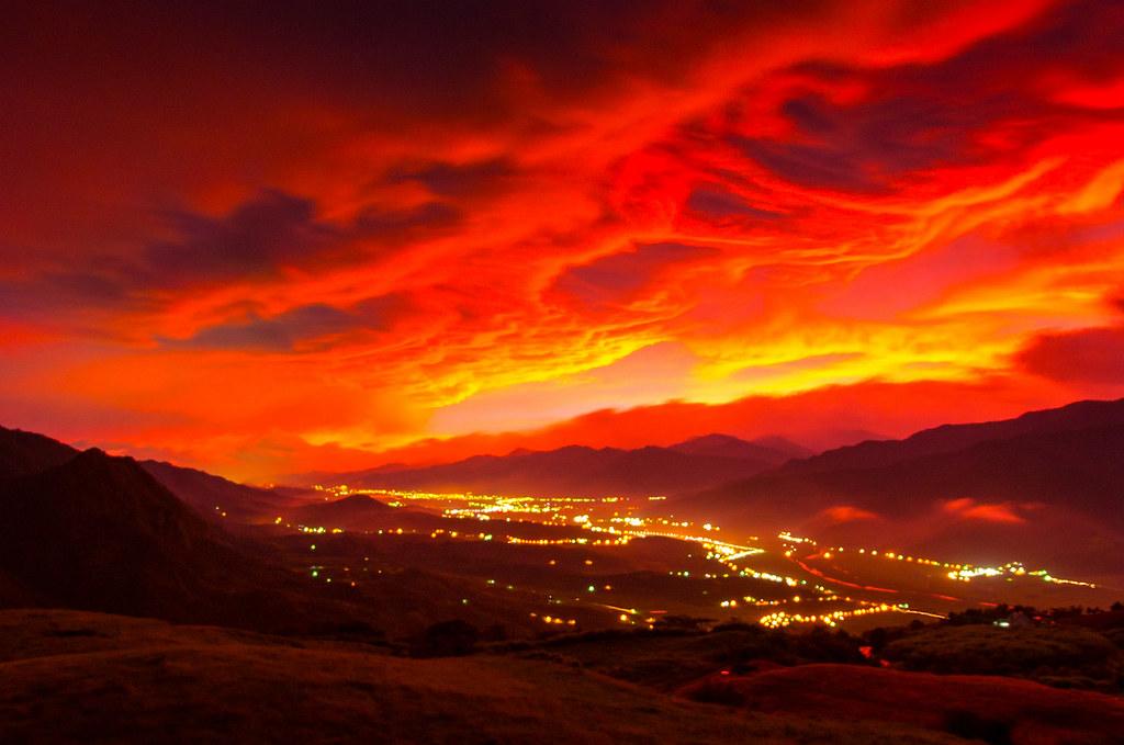 那天六十石山杜鵑的紅蓮之火