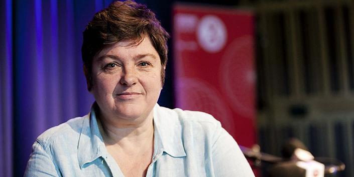 una famosa feminista inglesa sugiere meter a los hombres