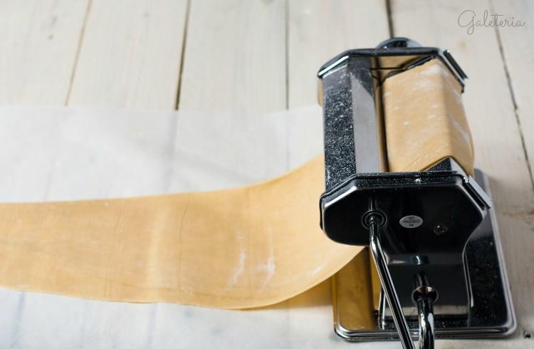 máquina laminadora de pasta Lacor