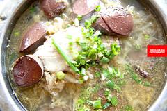 年猪烩菜(血肠白肉酸菜汤) (Blood Sausage…