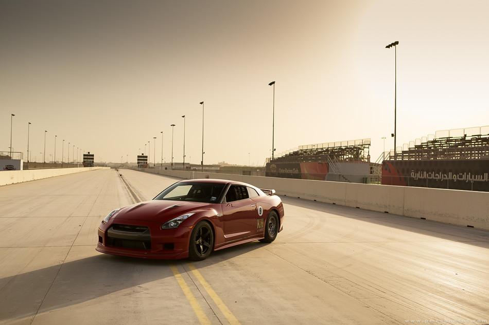 KH Nissan GT-R