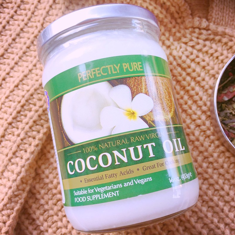Essential tips: Holland & Barrett's Perfectly Pure Virgin Coconut Oil - 100% Natural Raw Virgin