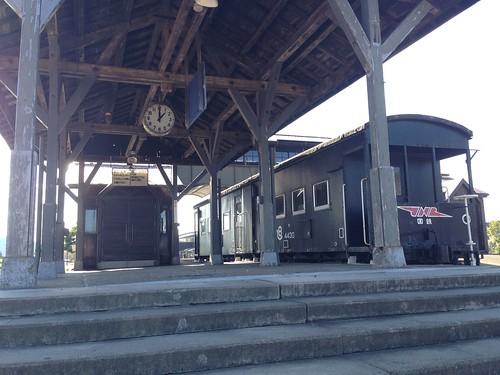 hokkaido-michinoeki-kamiyubetsu-hotspring-spa-of-tulip-train01