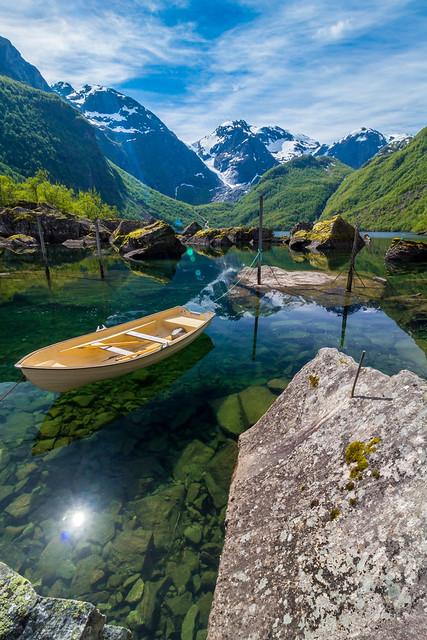 Bondhusdalen - A crystal clear lake fed by glacier