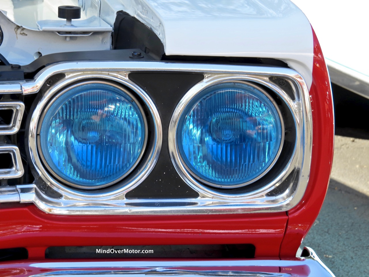 Sox and Martin Clone Road Runner Headlight