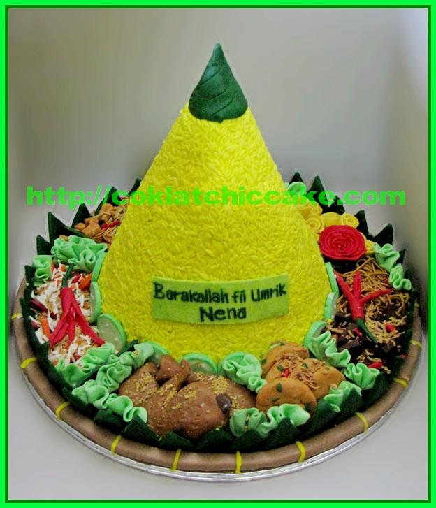 Cake Tumpeng / cake nasi kuning