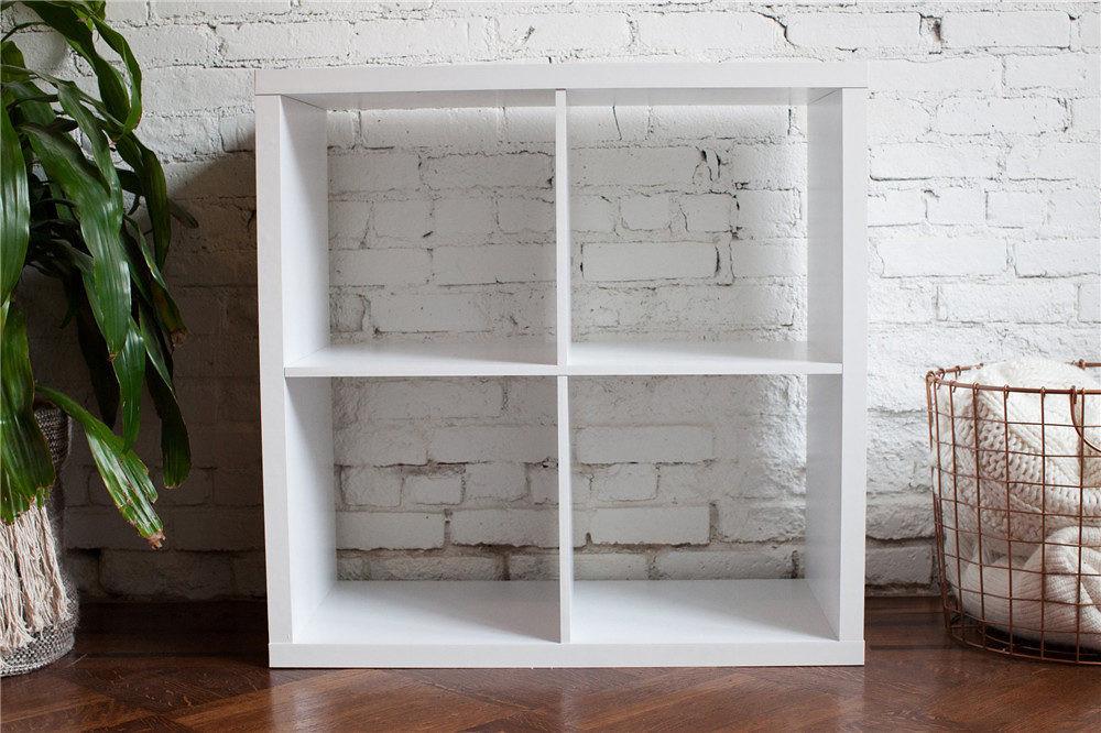 adaymag-diy-painted-bookshelf-05
