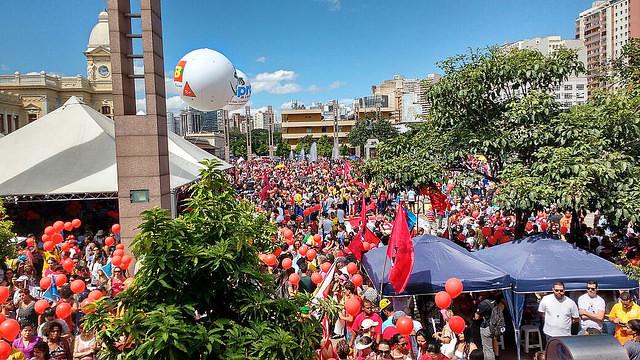 Movilización en Belo Horizonte (MG) reunió cerca de 150 mil personas contra cambios en la Pensiones propuestas por el gobierno Temer - Créditos: Reproducción