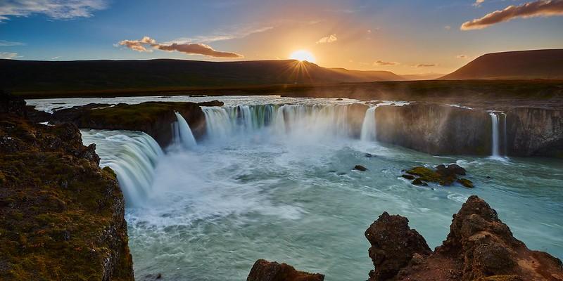 Last sun rays - Goðafoss