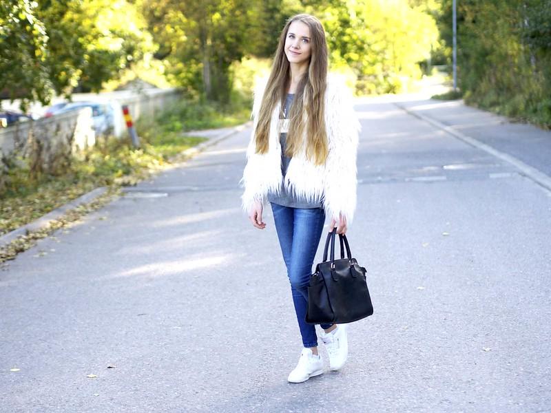 bloggerslounge4