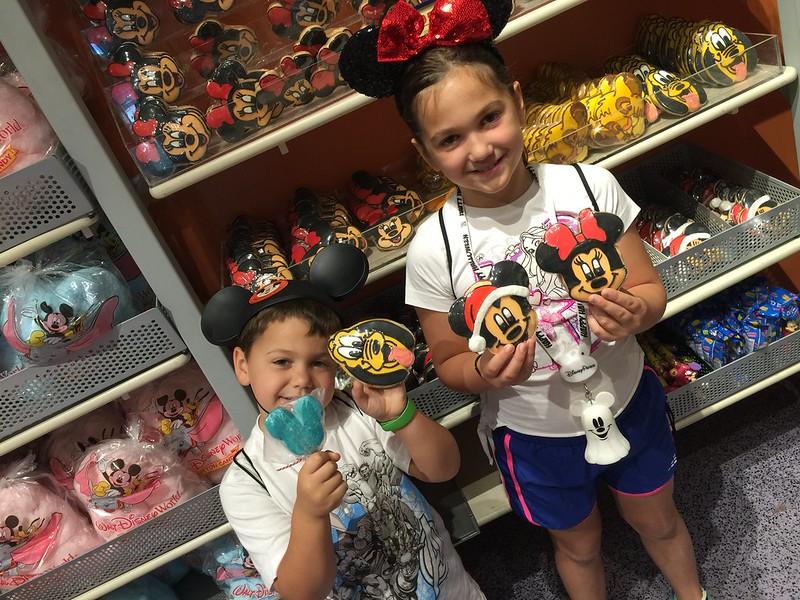 DT Disney