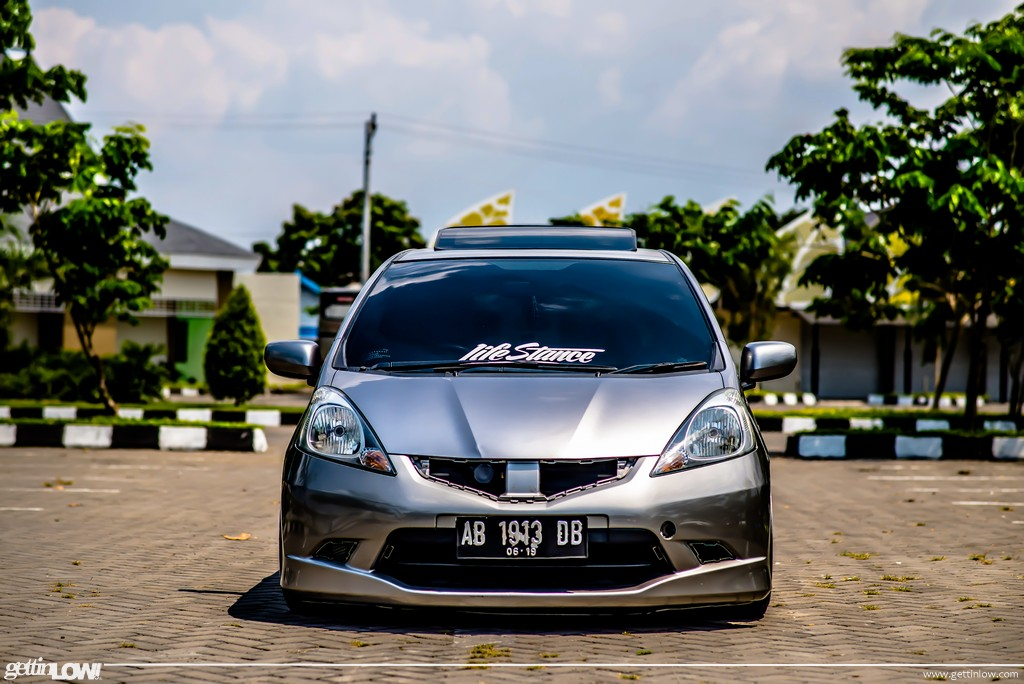 Gettinlow Hedar Alaydrus Stanced 2009 Honda Jazz