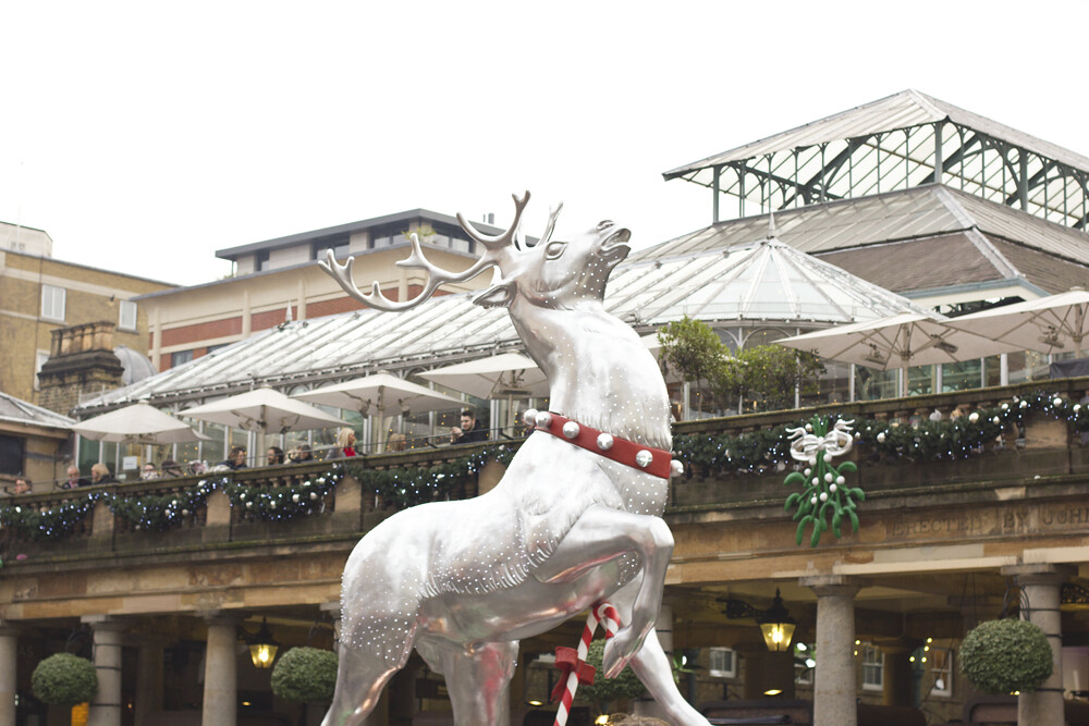 deer, silver deer, Covent Garden at Christmas, covent garden, christmas, london, covent garden market,