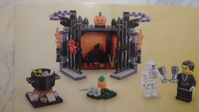 Lego Seasonal Halloween 2017 Set