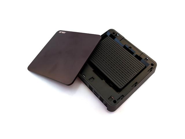 小巧高性能可擴充!華碩 VIVO Mini VM65N 開箱分享(第七代 i7 / 8GB / 256GB SSD)@3C 達人廖阿輝