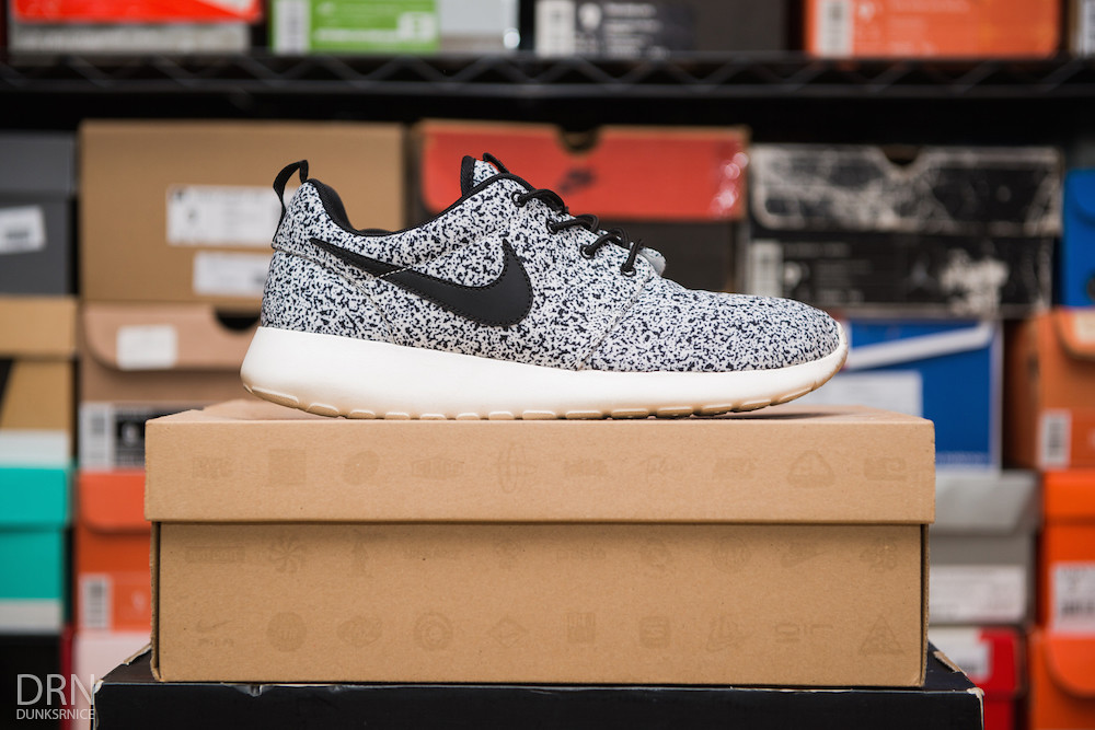 Women's White & black Speckled Roshe Runs.
