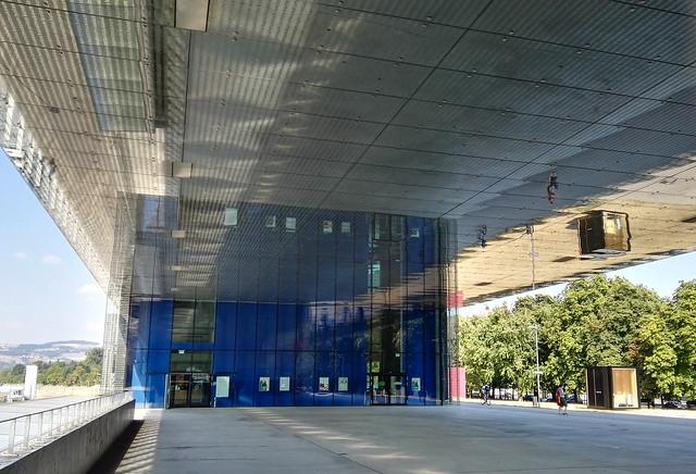 Das Kunstmuseum Lentos