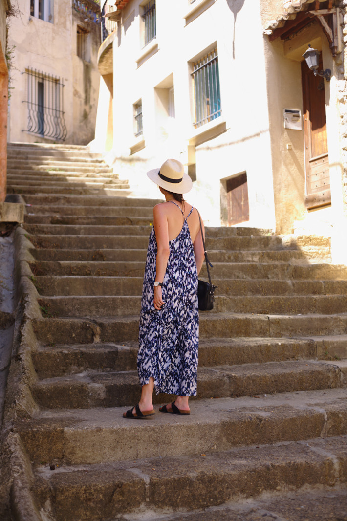 outfit: watercolour maxi dress, Birkenstocks