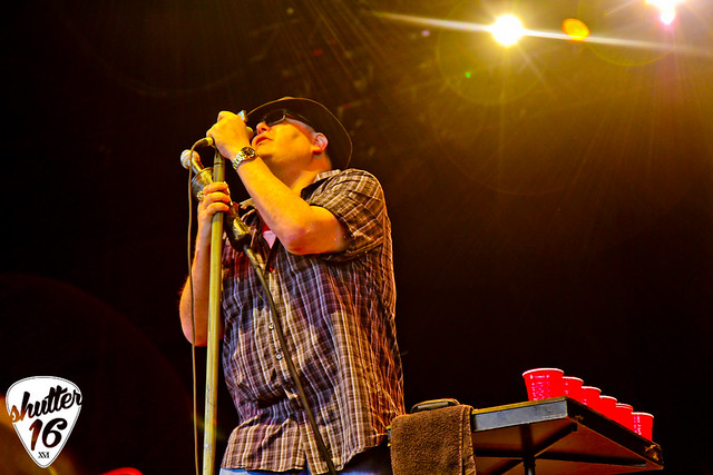 Blues Traveler (13)